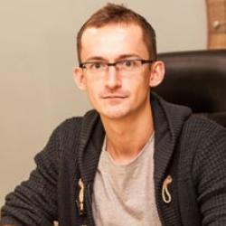 Валентин Яроменко