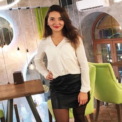 Наталія Кухар