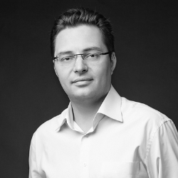 Павел Яковенко