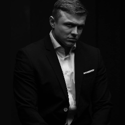 Евгений Пожарский