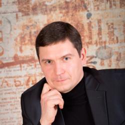 Роман Олейников