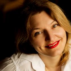 Анна Новікова