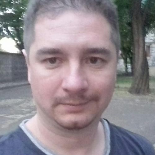 Максим Шарафутдинов