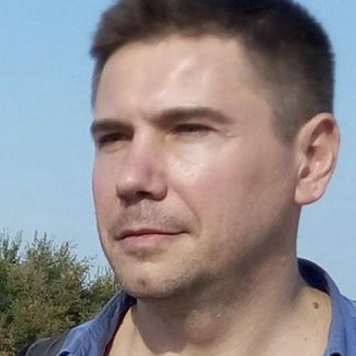 Валерий Лапин