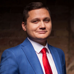 Антон Садиков