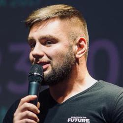 Юрій Огоновський