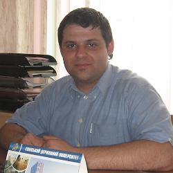 Артем Артюхов