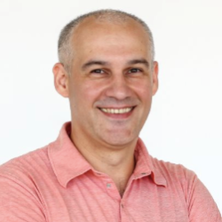 Sergiy Lyahovchuk Team Lead, iOS Developer at Selecto