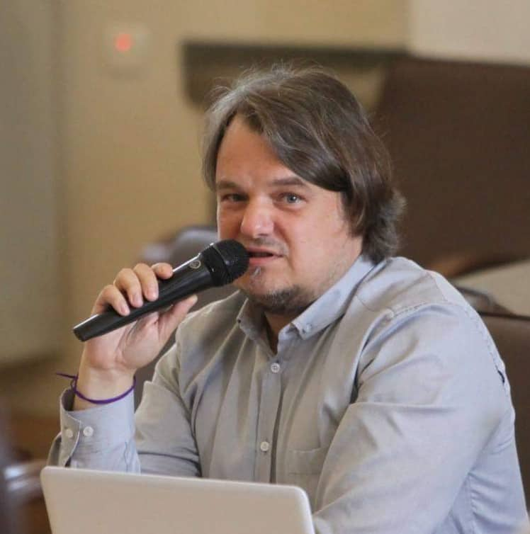 Михаил Пустовойт