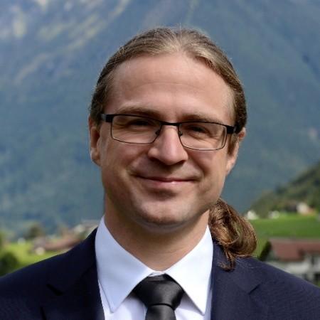 Nico Schottelius