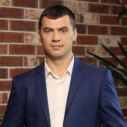 Игорь Олейник